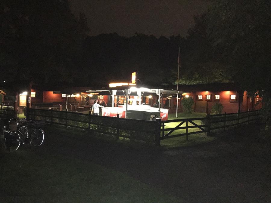 Restaurant Waldcafe Corell, nachts